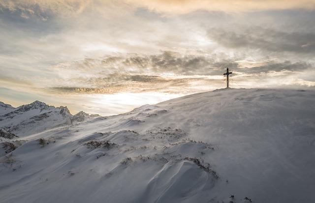kříž na horách