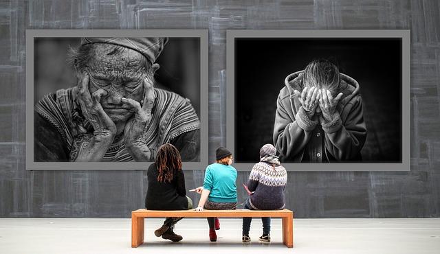 návštěvnice galerie
